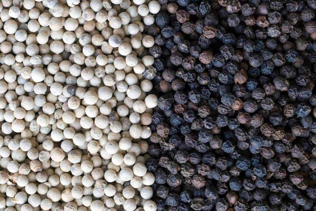 Black Pepper Vs. White Pepper