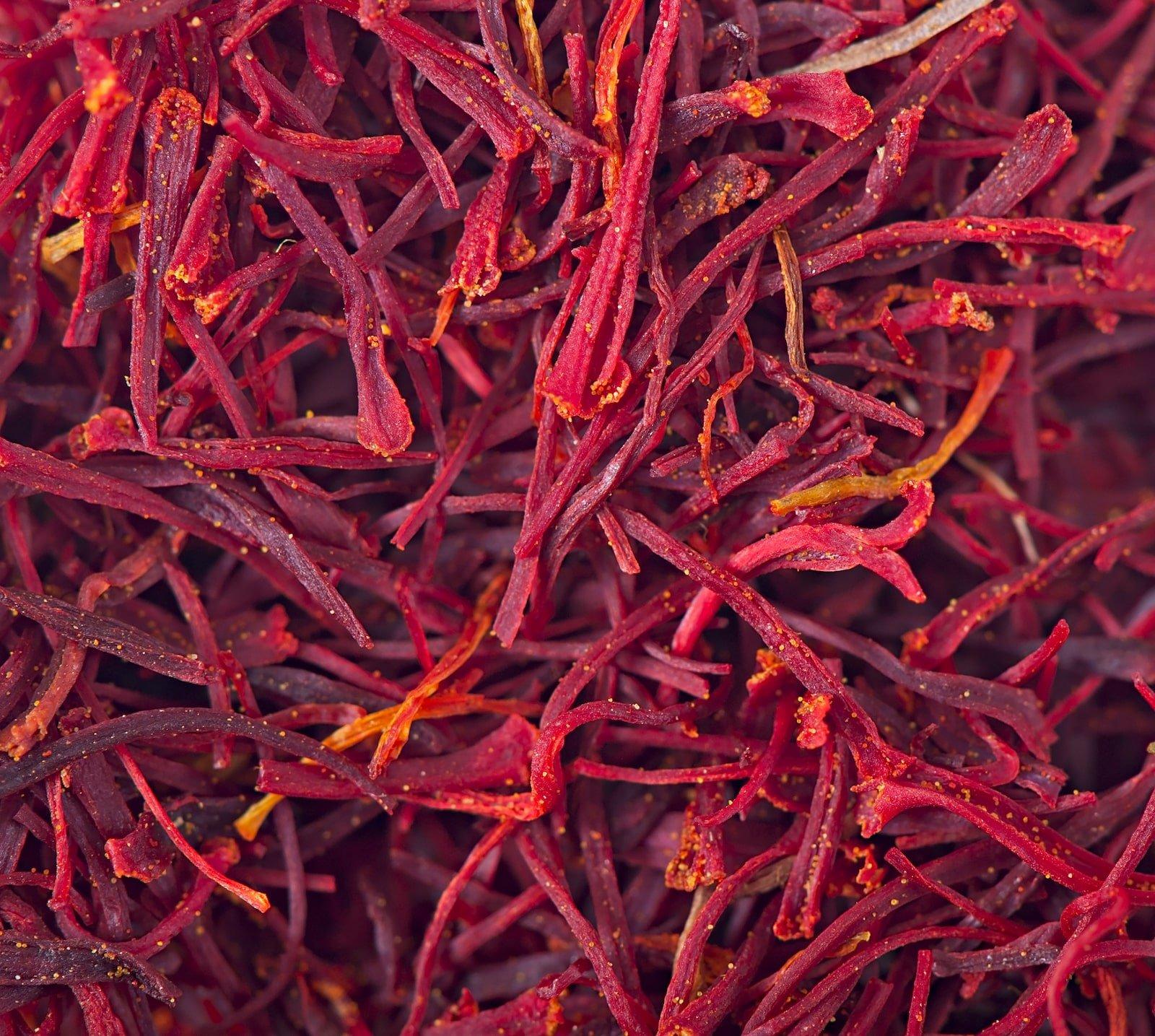 Turmeric vs saffron