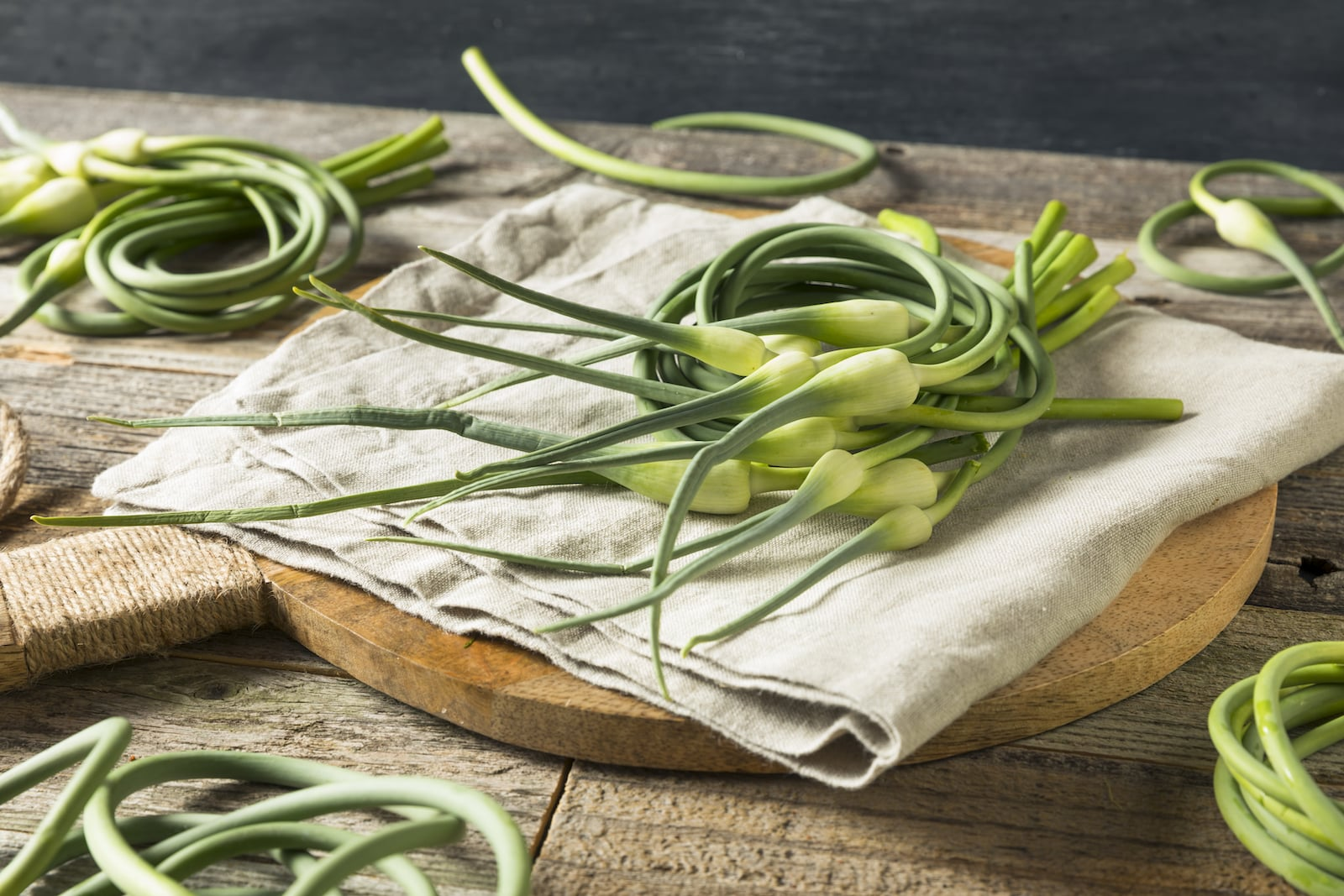 What's A Good Garlic Scapes Substitute?