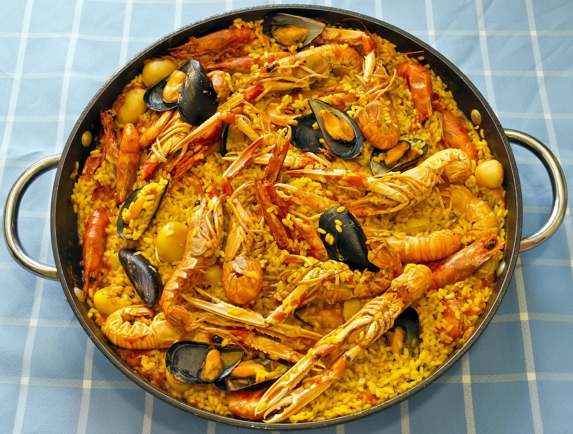 Popular paella spices