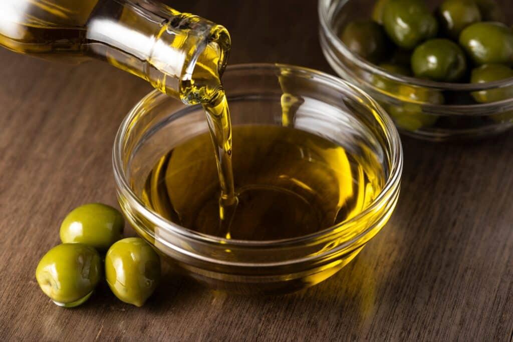 Soybean oil vs. olive oil