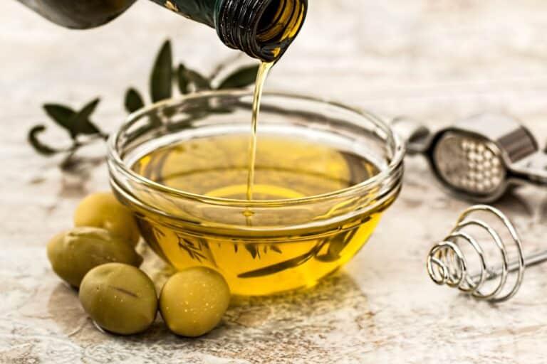 Walnut oil vs. olive oil
